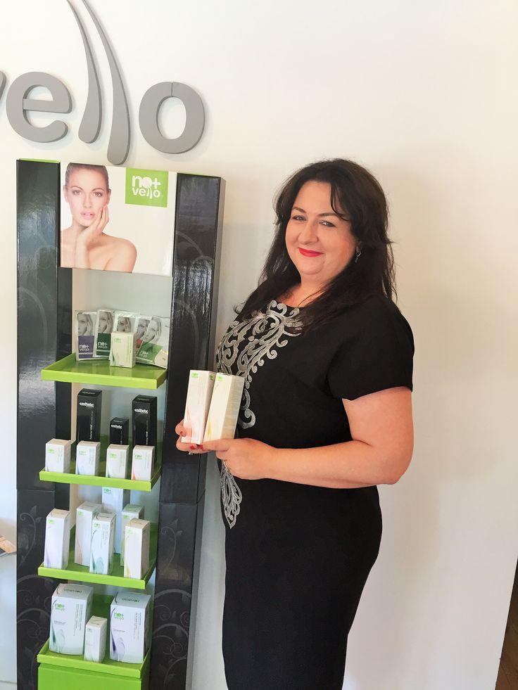 Cristina Bura a fost intai clienta a centrelor Nomasvello, inainte sa se decida sa ofere si locuitorilor din Pipera aceleasi servicii de calitate. In prezent coordoneaza salonul Nomasvello JolieVille: http://bit.ly/1SFetvk