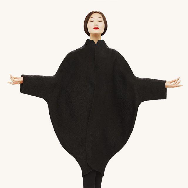 La diseñadora se ha alzado con el premio que ha otorgado el Ministerio Nacional de Moda.