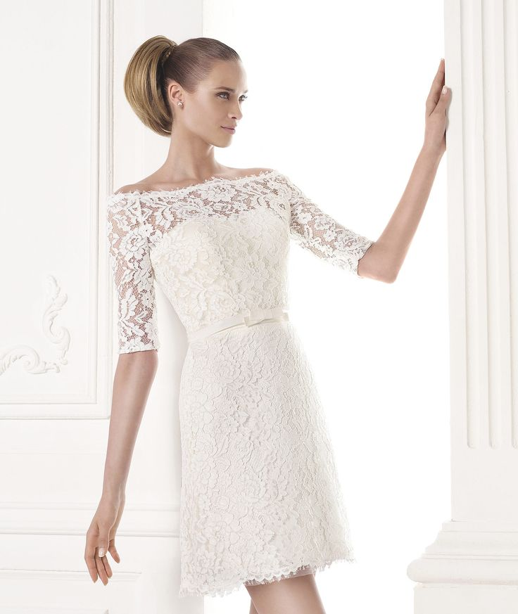 5 vestidos con encaje para tu boda civil 1