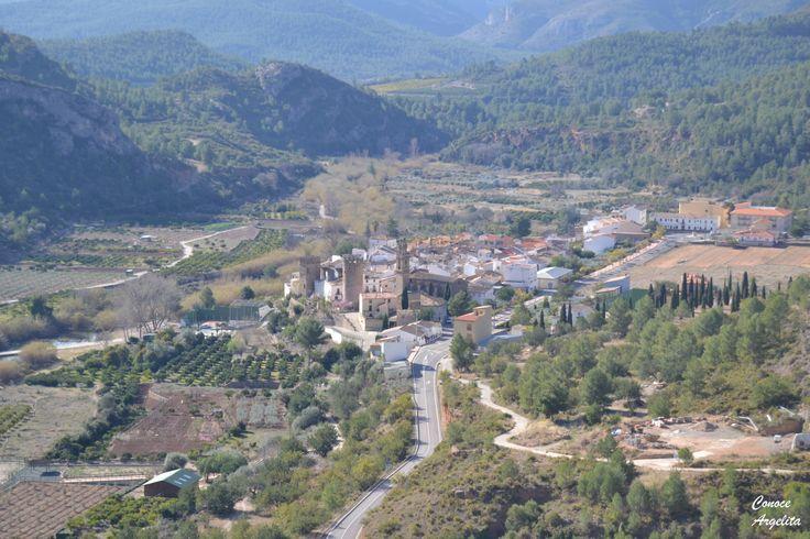 Vistas de Argelita desde el camino a la muela