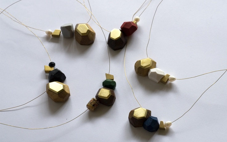 Collection of Neck pieces by DorandKie Jewellery Objects