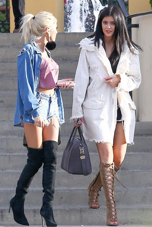 Kylie and pia Mia