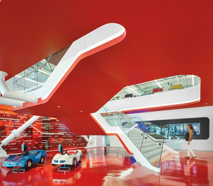 7 Simply Amazing Office Lobbies