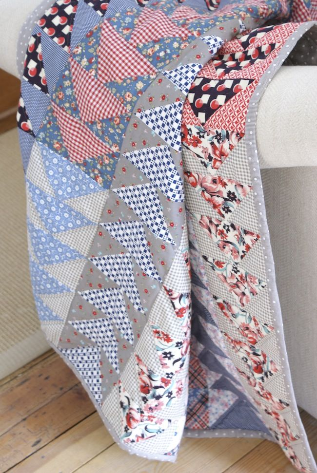 MessyJesse: Flying Geese Quilt Finish. I like the patterned background fabrics