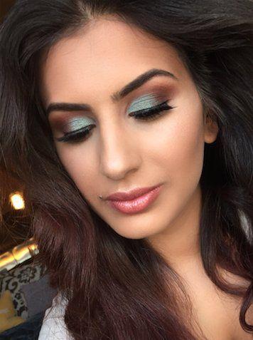 @perehanduskii is wearing #Eyeshadow Bar in No Faux & Spoiled Sexy Buxom Cosmetics (@BuxomCosmetics) | Twitter