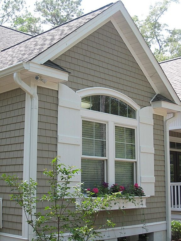 Best 25 shingle siding ideas on pinterest for Cottage exterior siding ideas