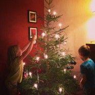 Weihnachtsbaum schmücken in Rovaniemi