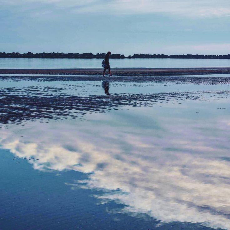 """Mi piace"": 70, commenti: 5 - Ioana Fmlyhm (@ioanafmlyhm) su Instagram: ""#memories . . . . . . . #tb #beautifuldestinations #beach #mirror #sky #skyporn #blue #igers…"""