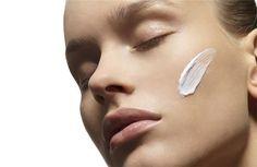 Super αντιγηραντική μάσκα προσώπου, πλούσια σε βιταμίνες