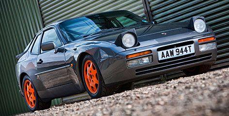 """Im Mittelpunkt einer der Sendungen """"Die Gebrauchtwagen Profis"""" Porsche 944  #Porsche944  #TVfuerAutomobilliebhaber https://www.facebook.com/fuerAutomobilliebhaber/"""