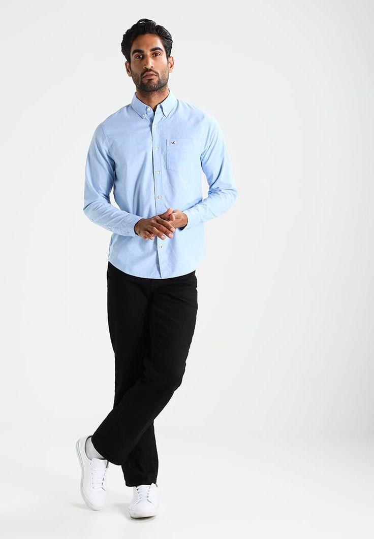 ¡Consigue este tipo de camisa básica de Hollister Co. ahora! Haz clic para ver los detalles. Envíos gratis a toda España. Hollister Co. OXFORD SOLID Camisa informal samoset: Hollister Co. OXFORD SOLID Camisa informal samoset Ropa   | Material exterior: 97% algodón, 3% elastano | Ropa ¡Haz tu pedido   y disfruta de gastos de enví-o gratuitos! (camisa básica, basic, basico, basica, básico, basicos, casual, clasica, clasicas, clásicas, clásica, clásco, básicos, estandar, estándar, ...