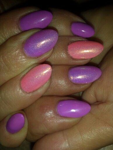 #semilac #pastelpeach #purple #memaid effect #nail art #spring nail