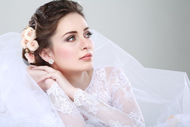 portrait of beautiful bride wedding dress wedding decoration