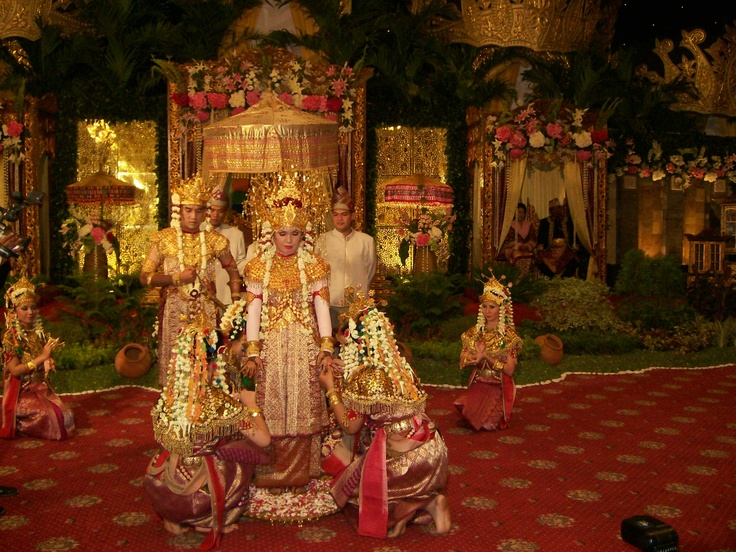 Palembang traditional wedding ceremony, where the bride takes part in the dance