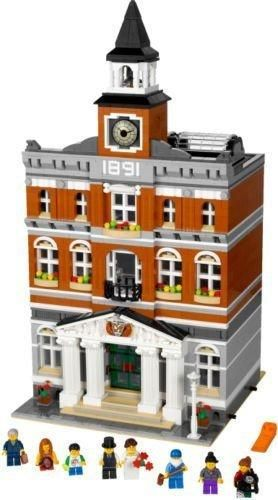 LEGO Creator 10224 Town Hall. I want this, and I want it NOW!