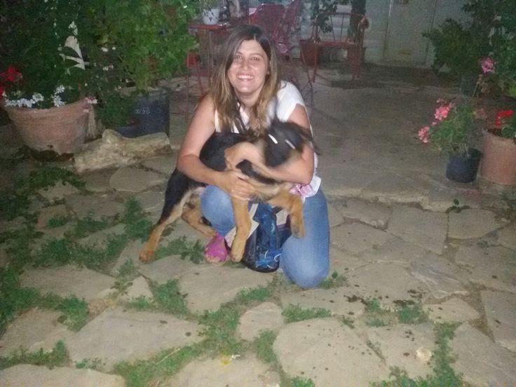 """Una  nostra bimbina con la sua nuova mamma  Un saluto dal nostro staff  """" I LUPI DELL'APPENNINO """"  www.ilpastoretedesco.org"""