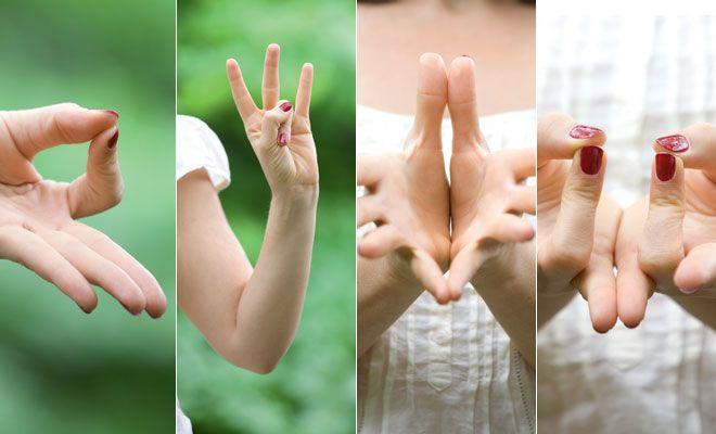 La práctica de mudras, gestos sagrados que se realizan con las manos, te permite experimentar los archiconocidos beneficios del yoga en todo momento y en todo lugar