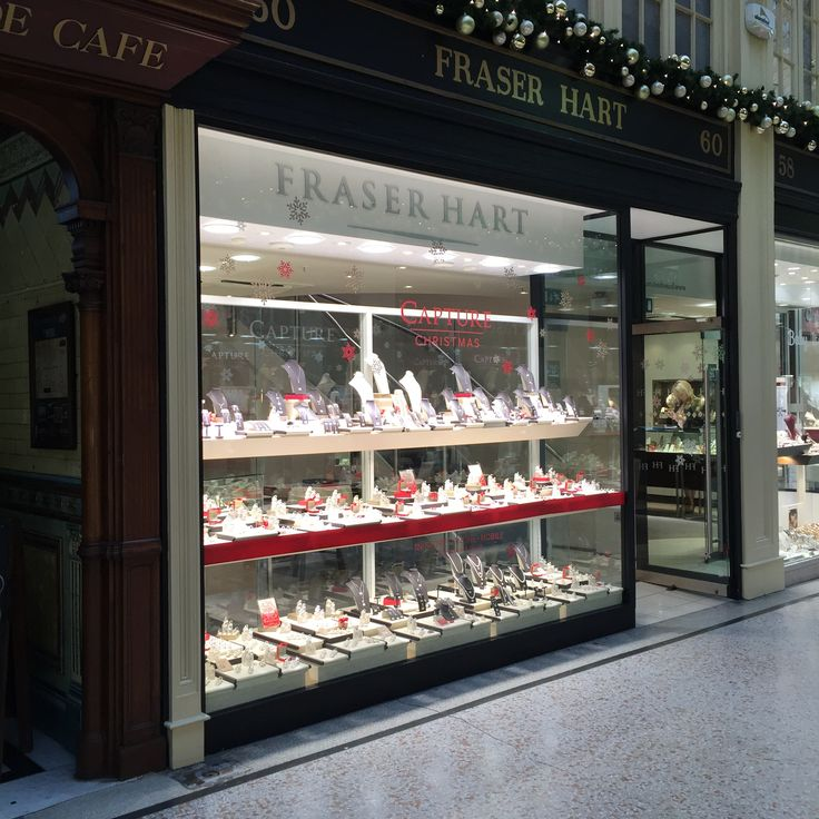The quaintest of all our Argyll Arcade stores, the Fraser Hart diamond boutique is the perfect place to select that special gift for your one and only. http://www.fraserhart.co.uk/store/Glasgow11/