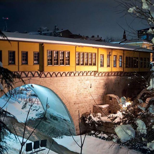 Irgandı Köprüsü  #ırgandı #bursa #bursadayasam #kar #kış #winter #snow #winterphotography #kadrajturkiye #hayatakarken #fotografheryerde #igersturkey #fotozamani #objektifimden #travelgram #photographers_tr #photooftheday #fotogezginleri #instamood #erdinçaltun #turkportal #turkobjektif #fotografturkiye #altinkare #ig_photosentez #architecture #objektifimdenyansiyanlar #bursalife #kadrajimdan #allshotsturkey