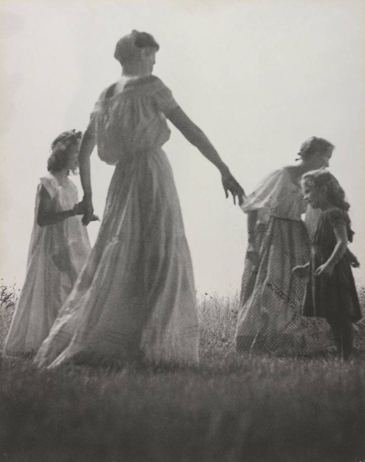 Nell Dorr: Mother & Child, featuring Tasha Tudor
