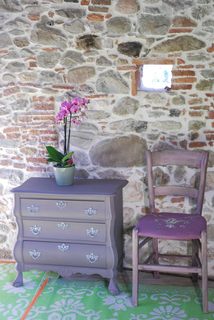 what a beautiful color combo in my favorite italian room!