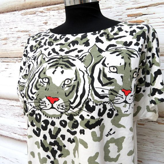 Vintage T shirt with tiger print/white olive by girlsaboutcity