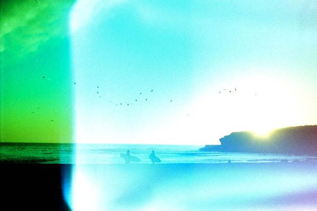 Lo-Fi Surf Photography with Expired and Cross-Processed Film I Photographer Blog