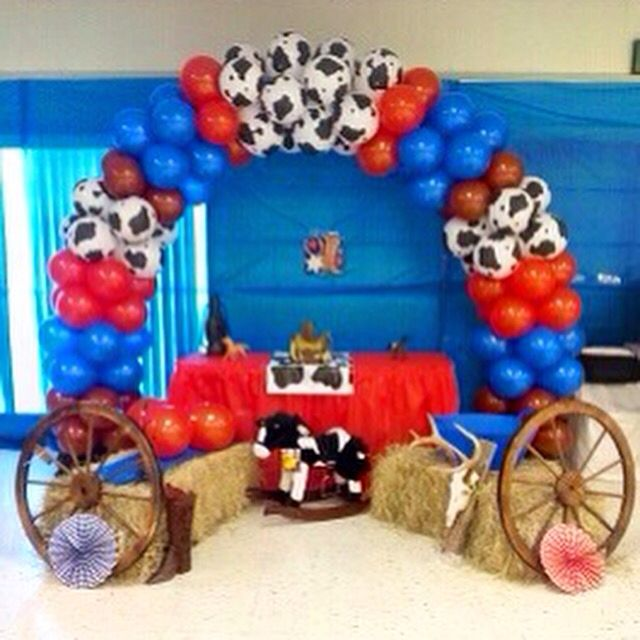 Western theme balloon arch for baby shower