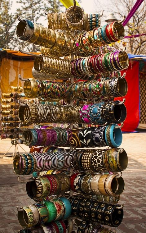 my-spirits-aroma-or:  Shot taken at a bangle's shop in Delhi Haat, Delhi, India by Kunal Khurana