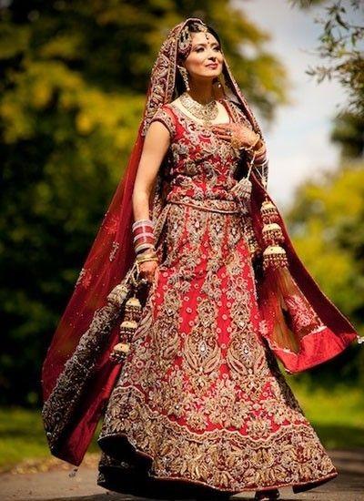 http://zikimo.com/cloth/feel-superb-with-this-maroon-designer-bridal-lehenga/
