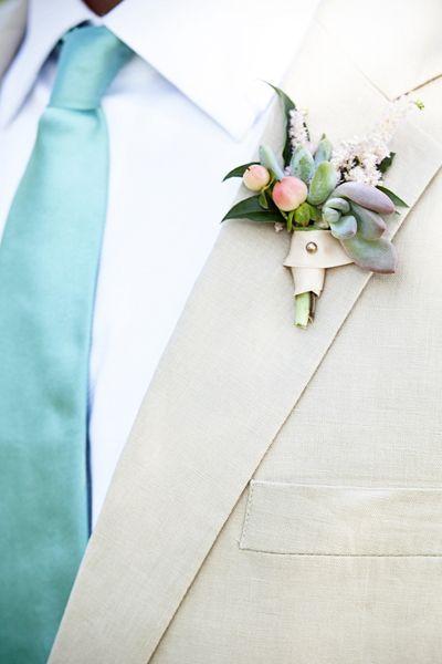 succulent boutonniere | Kassie Moore #wedding