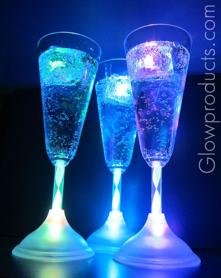 82 best glow wedding ideas images on pinterest glow sticks string lights and wedding exits - Flute a champagne led ...