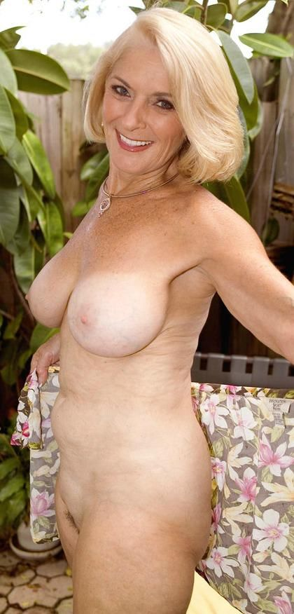 image Good looking blonde granny masturbation at ho