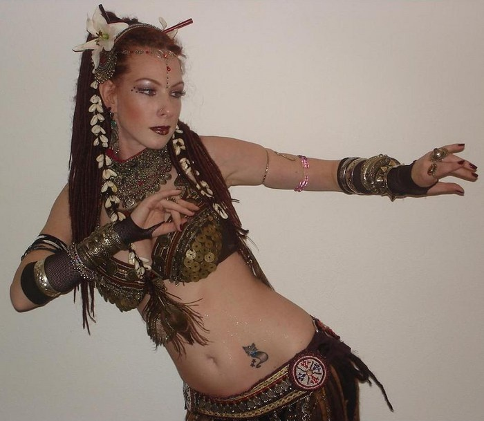Aveyanda Skye- Tribal Fusion Bellydance - 36 Best Tribal Fusion Bellydance Hair & Hairstyles Images On