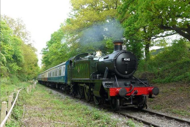 Vintage Bus, Steam Railway & Afternoon Tea for 1 or 2
