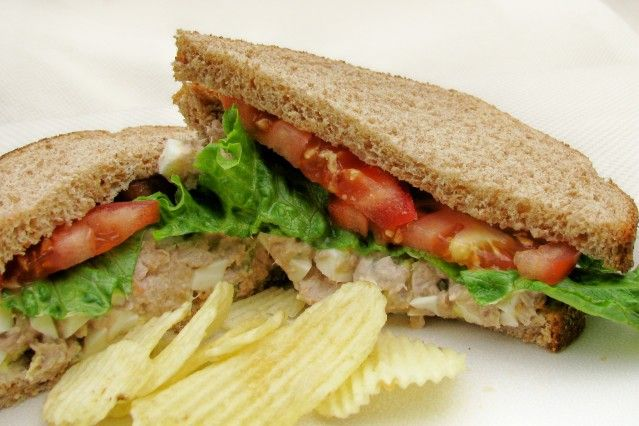 #42: Bill Clinton (1993-2001): Bill Clinton's Tuna Salad Sandwich