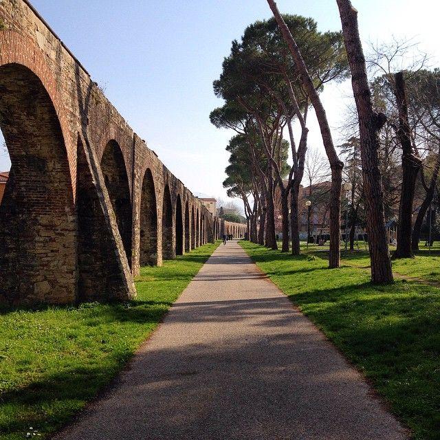 Camminare a Pisa lungo la Via degli Acquedotti