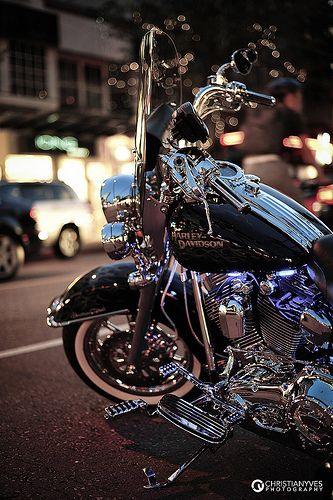 Highlighting a Harley | Flickr - Photo Sharing!