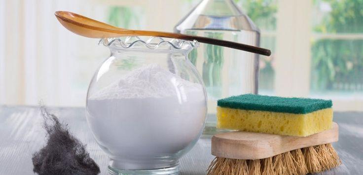 I deodoranti per la casa hanno molte sostanze nocive per voi e per l'ambiente. Ecco un deodorantefai da te semplice ed economico al vostro profumo preferito.