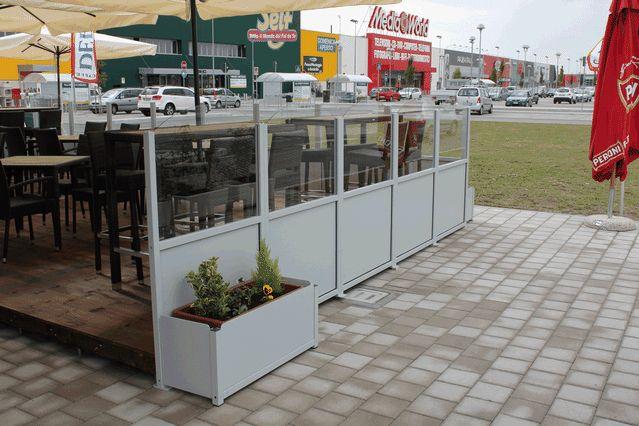 1000 images about patio windbreakers on pinterest for Garden windbreak designs