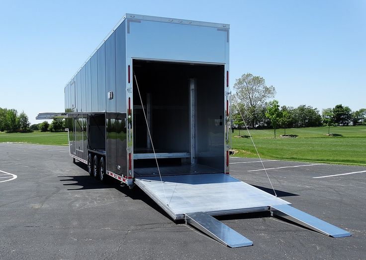 https://flic.kr/p/JBJQqv | ALUMINUM 4 CAR STACKER HAULER TRAILER #beckercustomtrailers #stackerlift #escapedoor…