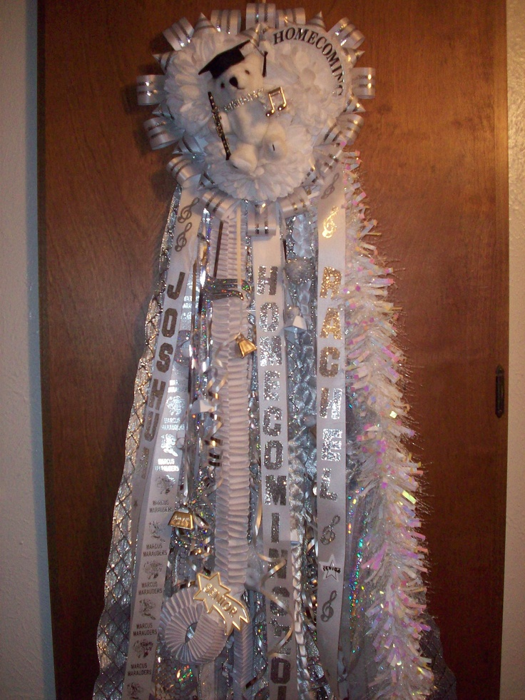 Homecoming Mums - Senior Mum for Homecoming heart shape - Special Event Floral Designs