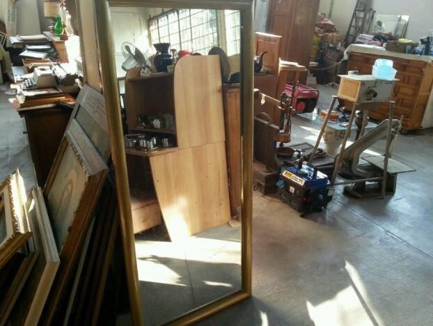 specchio incorniciato largo68 lungo 150 ottim stato 200€