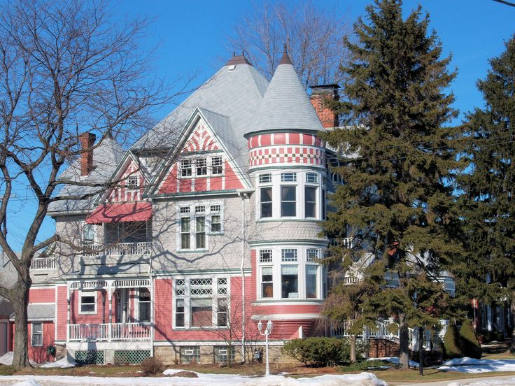 A Queen Anne Victorian house in Marine City, Michigan.  Photo by John Fitzgerald in Toronto.