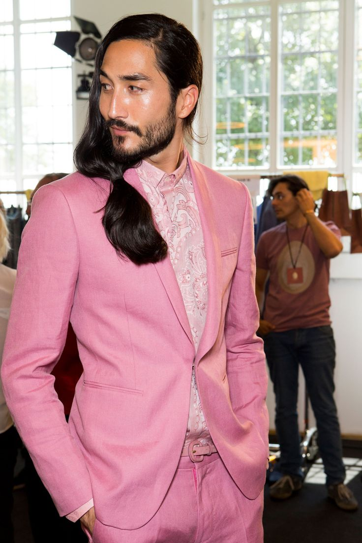 Etro Men's Backstage S/S '16 Tony Thornburg looking cooler than any human in a pink suit.