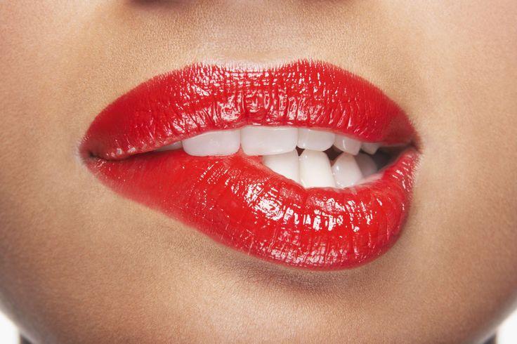 Cómo conseguir unos labios sexys - http://mujeresconestilo.com/como-conseguir-unos-labios-sexys/