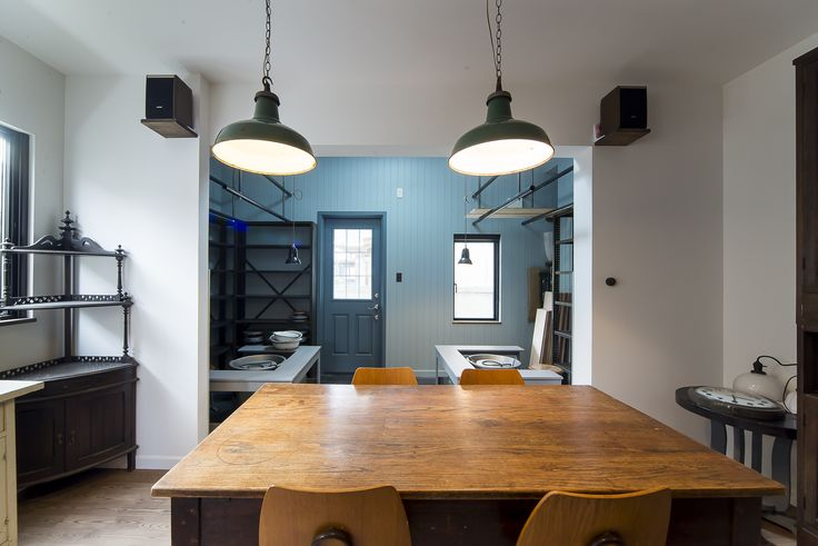Cafe & Atelier & House / Cafe Space