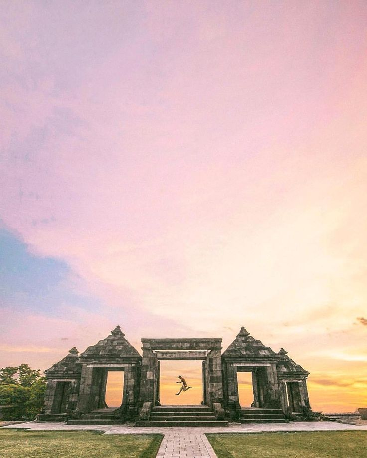 Enjoy the beauty of Ratu Boko Palace in Yogyakarta, #Indonesia  Photo by: IG @iwwm