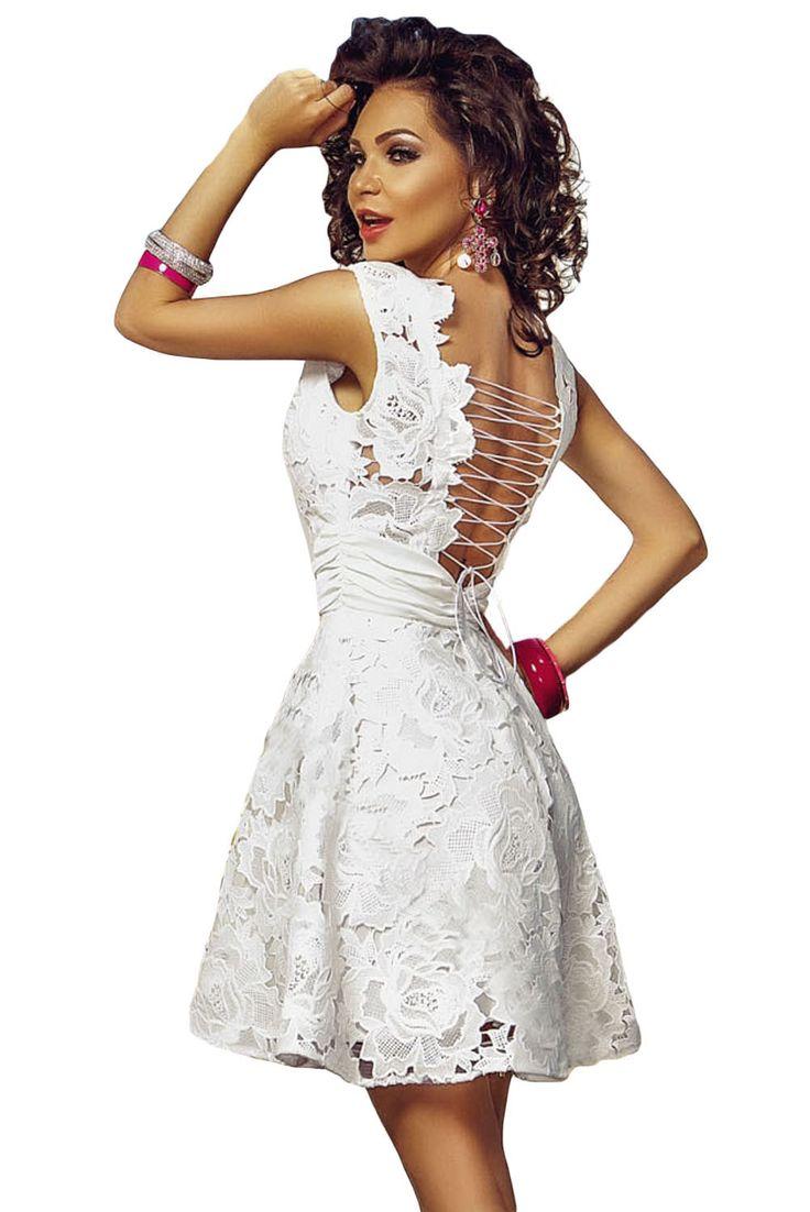 Fashion Dresses : Vestido skater de encaje y espalda de cordones