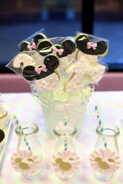 Cookies at a Minnie Mouse Party.  See more party ideas at CatchMyParty.com.  #minniemousepartyideas